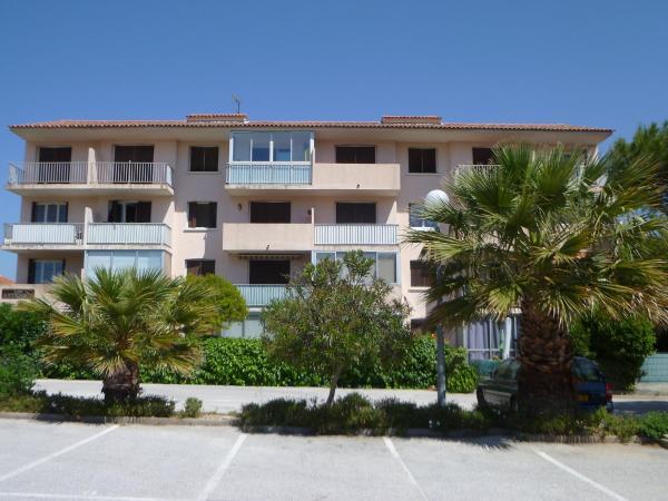 Hotel Pictures: Apartment Les Anthémis, Sanary-sur-Mer