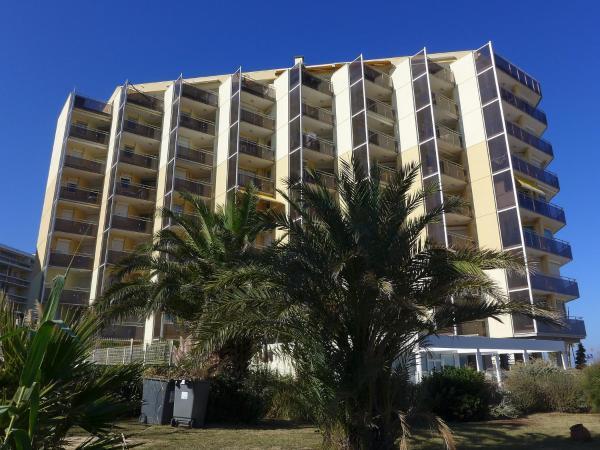 Hotel Pictures: Apartment Le Beach.7, Canet-Plage