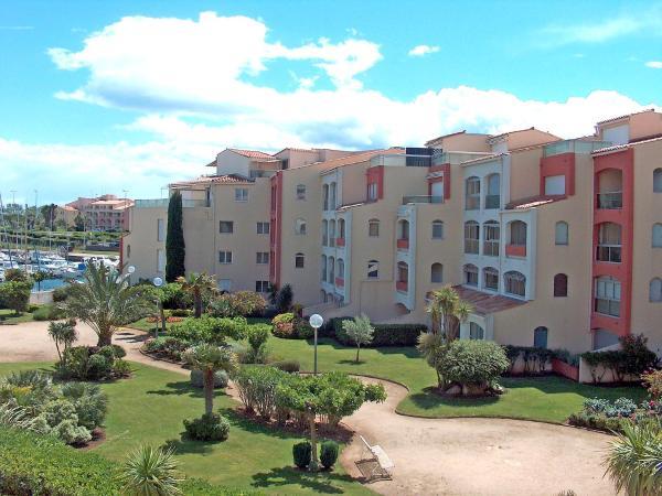 Hotel Pictures: Abbaye du Cap-Les Jardins du Port 1, Cap dAgde