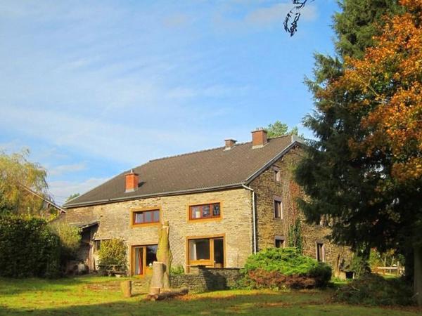 Foto Hotel: Farm Stay Les Villettes, Lierneux