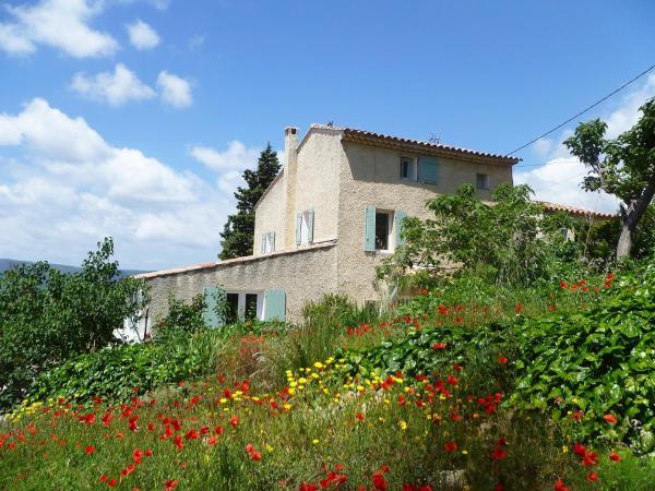 Hotel Pictures: Apartment La Roquette, Saint-Côme