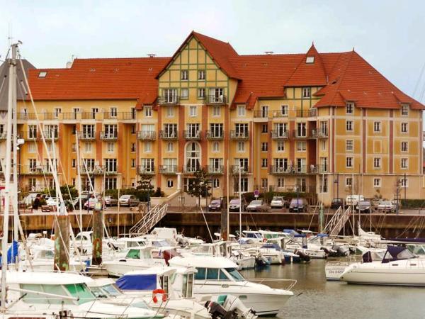 Hotel Pictures: Port Guillaume 3, Dives-sur-Mer