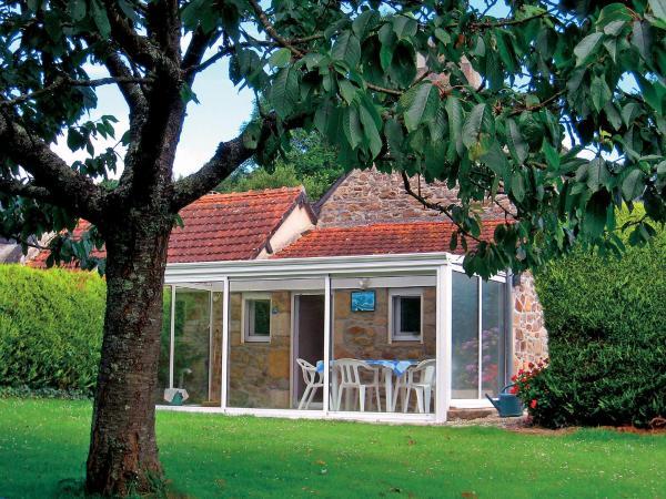 Hotel Pictures: Farm Stay Tremelvin 2, Cité