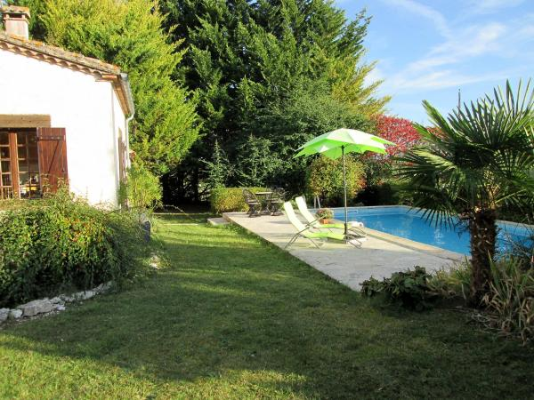 Hotel Pictures: Holiday Home Robert, Lauzerte