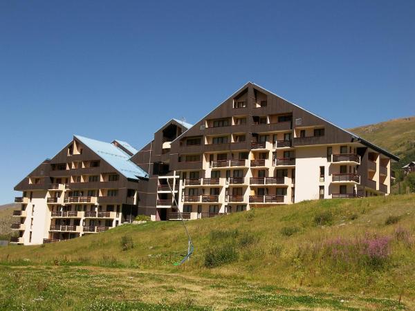 Hotel Pictures: Apartment Le Sarvan.1, Les Menuires
