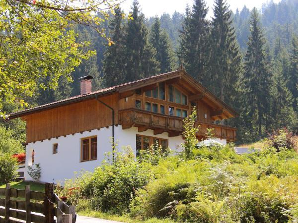 Foto Hotel: Holiday Home Josef, Niederau