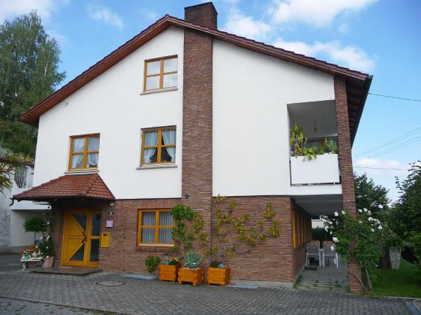 Hotel Pictures: Apartment Friedrich, Ostrach