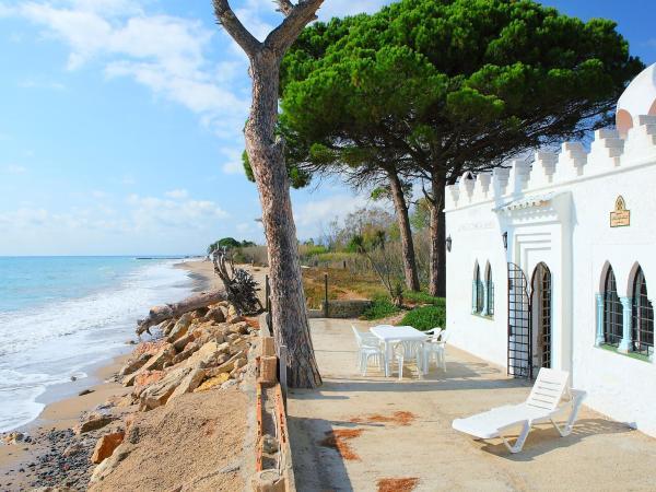 Фотографии отеля: Holiday Home Mont-roig Bahia, Миами-Плайя