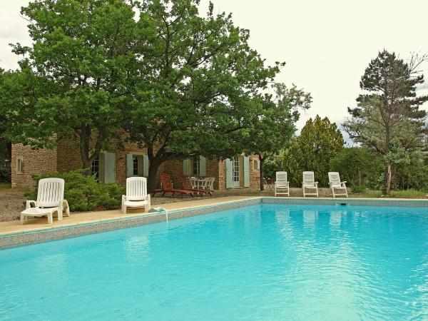 Hotel Pictures: Holiday Home Les Sauvestres, Gordes