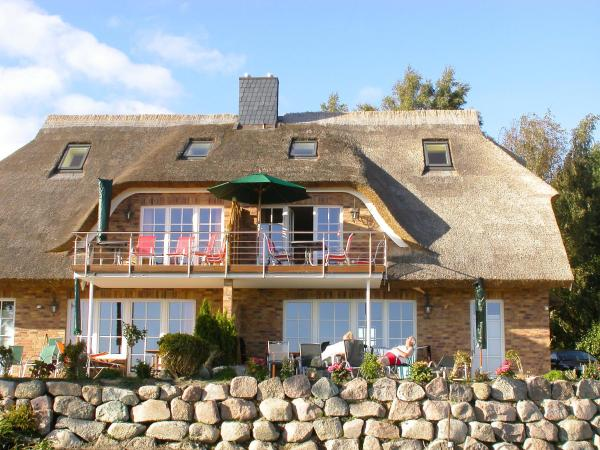 Hotel Pictures: Holiday Home Sonnenkliff.1, Groß Zicker