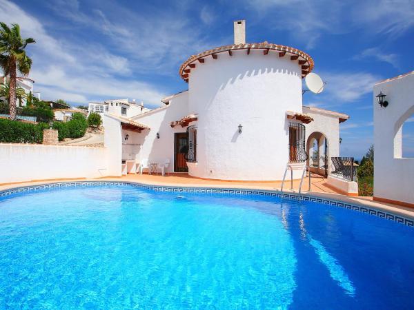 Hotel Pictures: Villa Villa Suzanne, Pego