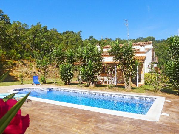 Hotel Pictures: Holiday Home Vall Repos 01, Santa Cristina dAro
