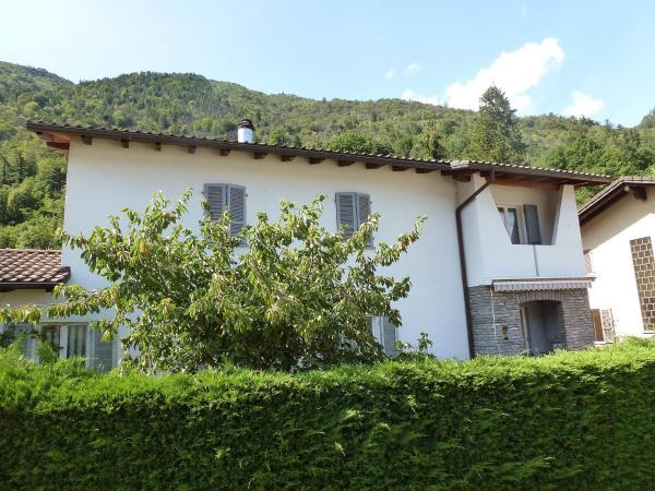 Hotel Pictures: Holiday Home Casa Bozzotti, Cavigliano