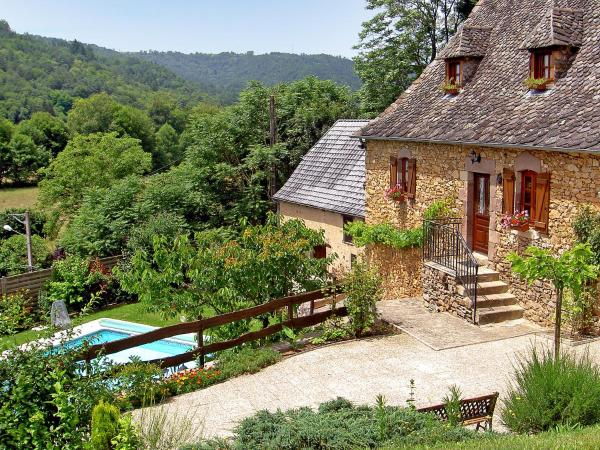 Hotel Pictures: Country House Tres Peuch, Saint-Chamant