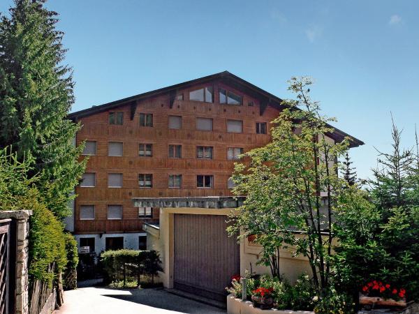 Hotel Pictures: Apartment Mondzeu B244, Verbier