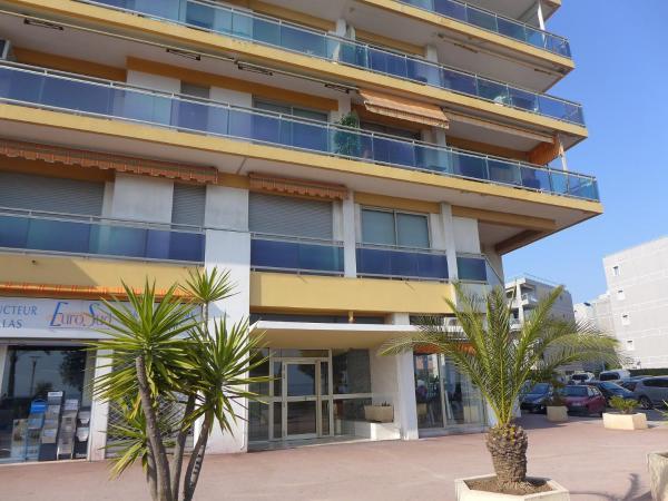 Hotel Pictures: Apartment La Pinede.3, Le Puits