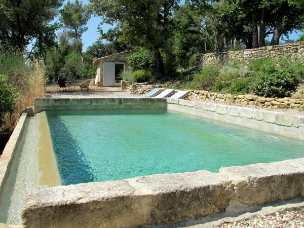 Hotel Pictures: Vaugines Lourmarin, Vaugines