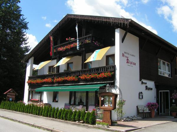 Hotel Pictures: Hotel Garni Haus Alpine, Ruhpolding