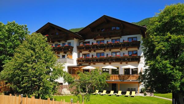 Hotel Pictures: Vital-Landhotel Pfleger, Anras