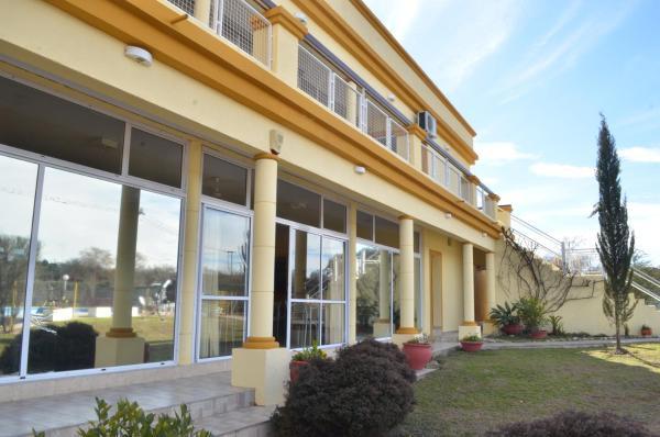 Hotellikuvia: Hotel Carmel, Villa Parque Siquiman