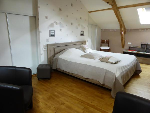Hotel Pictures: Aux 3 Pommiers, Latouille-Lentillac