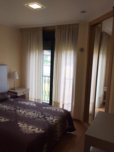 Hotel Pictures: Hostal Santa Baia, Ribadumia