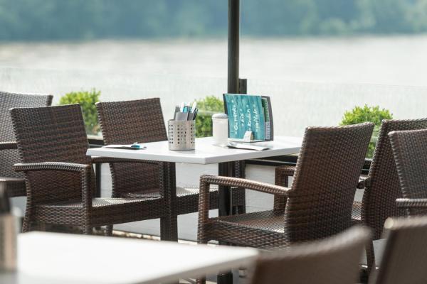 Hotelbilleder: Rheinterrassen Hotel Café Restaurant, Widdig