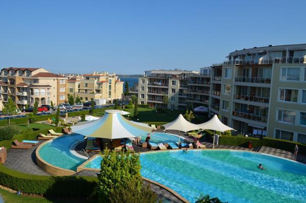 Foto Hotel: Sunny Island Chernomorets, Chernomorets