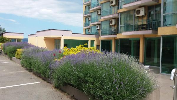 Фотографии отеля: Apartment 207 Belvedere, Несебр