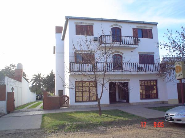 Foto Hotel: Hosteria Okapi, Monte Caseros