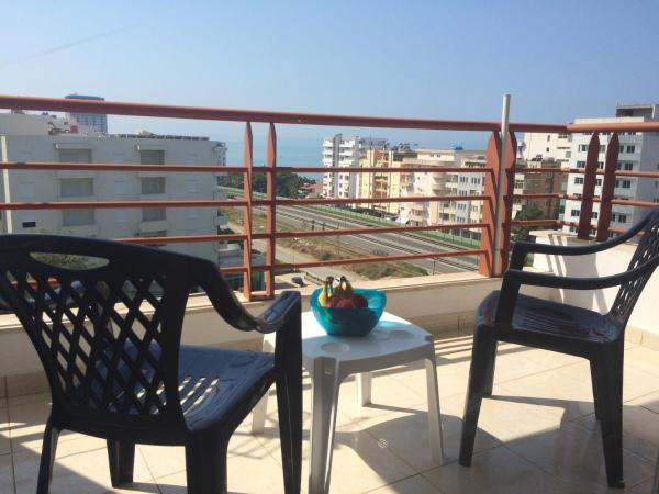 Hotel Pictures: Hary Luxury Seaside Apartment, Durrës