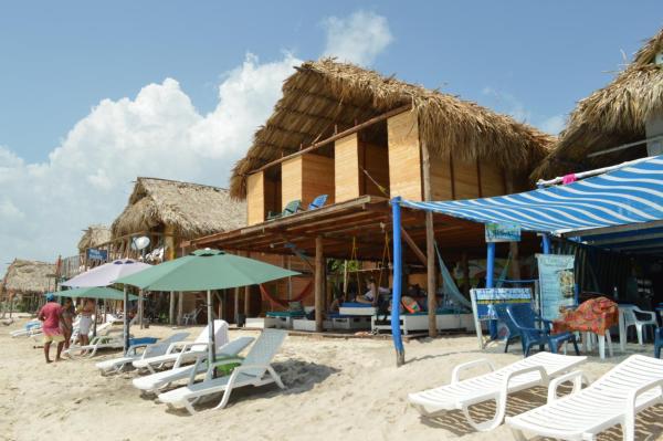 Hotel Pictures: Hostal Breneli, Playa Blanca