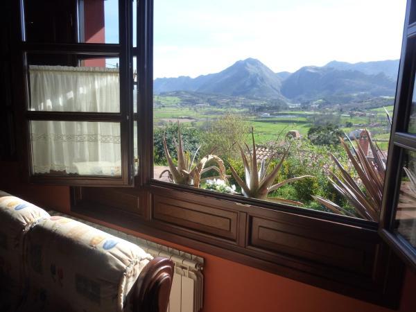 Hotel Pictures: Apartamentos Rurales La Güertona, Ardines