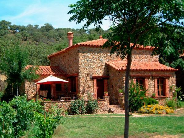 Hotel Pictures: Holiday Home The Stork, Alájar