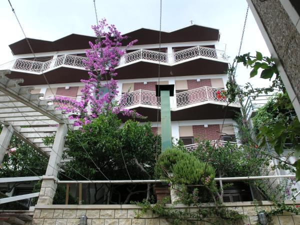 Photos de l'hôtel: Apartments Dobrila, Podgora