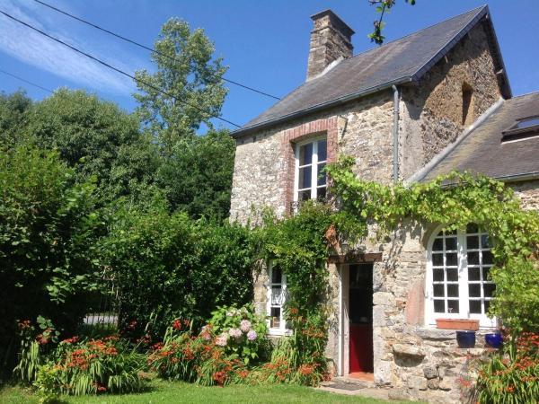 Hotel Pictures: Holiday Home Maison De Vacances - Gratot, Gratot