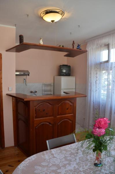 Hotellikuvia: Guest House Popovi, Dobrinishte