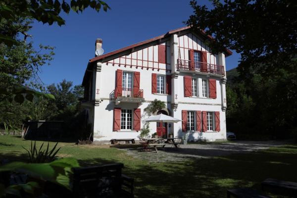 Hotel Pictures: Les Escapades d'Aurore, Perles-et-Castelet