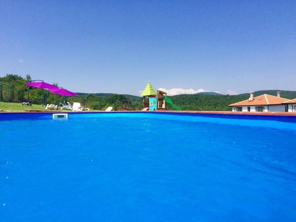 Hotel Pictures: , Krushovitsa