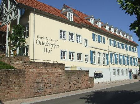 Hotel Pictures: Land-gut-Hotel Hotel Otterbergerhof, Otterberg
