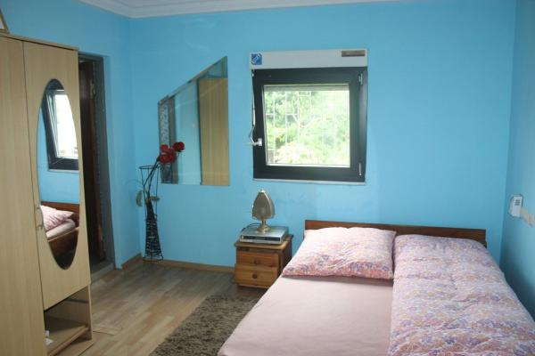 Double room for 2 - first floor terrace
