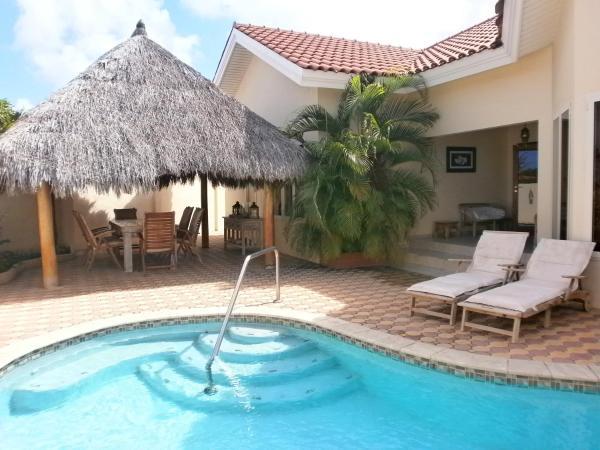 Fotos de l'hotel: Opal Jewel Four-Bedroom villa - OJ88, Palm-Eagle Beach