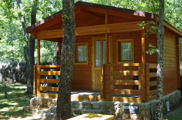 Hotel Pictures: Camping Las Cavenes, El Cabaco