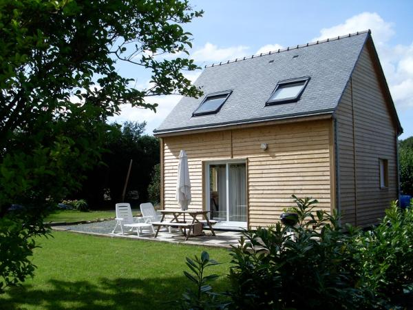 Hotel Pictures: Maison Bois, Plourivo