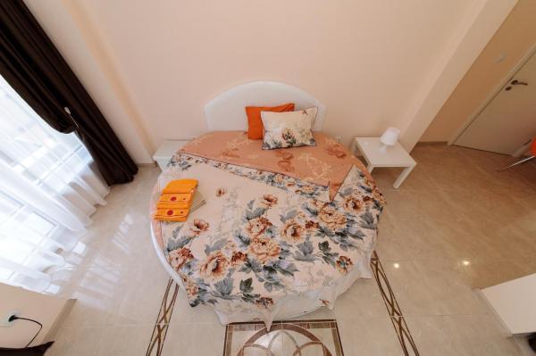 Foto Hotel: Sandanski Peak Guest Rooms, Sandanski