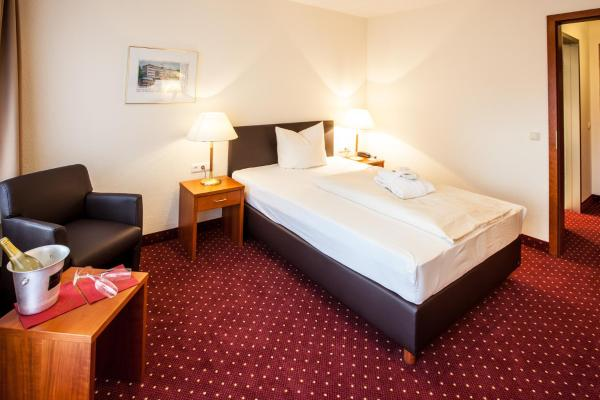 Hotel Pictures: Kaiserhof Victoria, Bad Kissingen