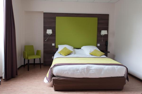 Hotel Pictures: Hotel du Parc-Restaurant - Le Rouget de Lisle, Lons-le-Saunier