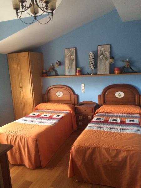 Hotel Pictures: Hostal Monica, Cilleruelo de Bezana