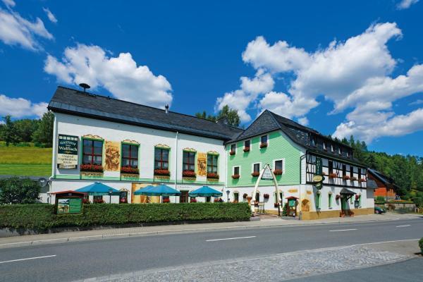 Hotel Pictures: Hotel Gasthof zum Walfisch, Zwota
