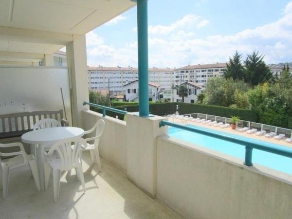 Hotel Pictures: Rental Apartment Golf 214, Ciboure